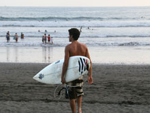 Surfer in Playa Dominical.