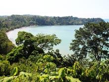 Die geschützte Bucht von Drake Bay.