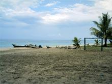 La cancha de fútbol de Playa Manzanillo.