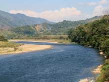 Con 196 km el Río Grande de Térraba es el río más larga en Costa Rica.